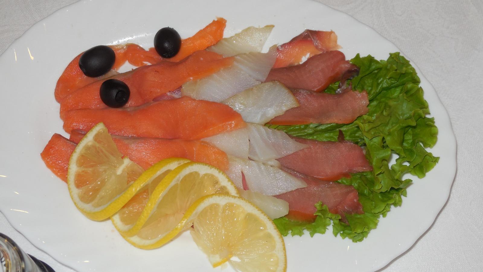 Рыбная нарезка в домашних условиях фото
