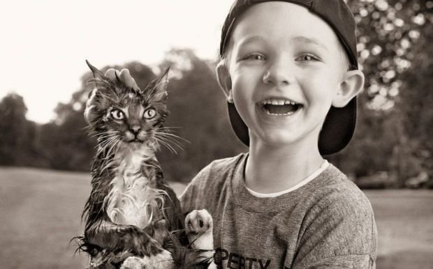 2477105_1289768007_children_and_pets_20
